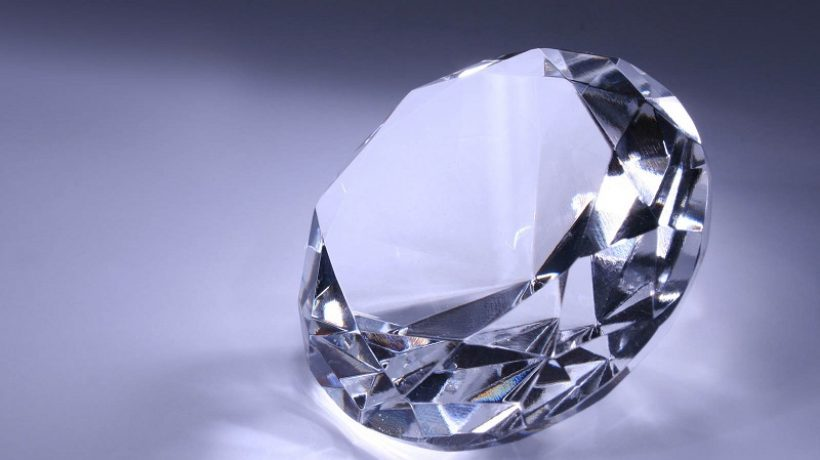 How to tell if a gemstone is real at home?